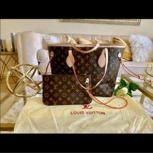 """¶Neverfull Louis Vuitton handbags & size MM"""